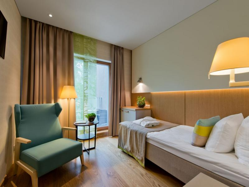 druskininkai singles Prices double room: from 43€ per 1 person per night (fb and spa treatment included) rooms rooms at medical spa egle: 879 (234 single rooms, 566 double rooms, 61 two-room suits, 18 double.